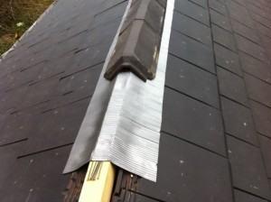 rénovation de l'arête du toit à Thezan-les-Beziers